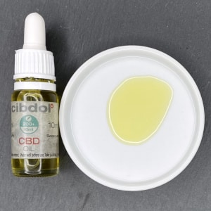 Die Farbe des Cibdol CBD Öles